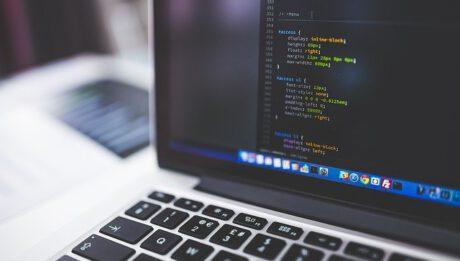 Projektowanie systemów IT – na czym polega, komu zlecić, ile kosztuje?