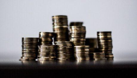 Wpływ obniżenia stóp procentowych na aktualnych kredytobiorców
