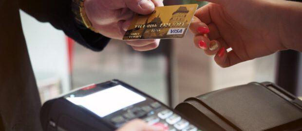 Płacenie kartą