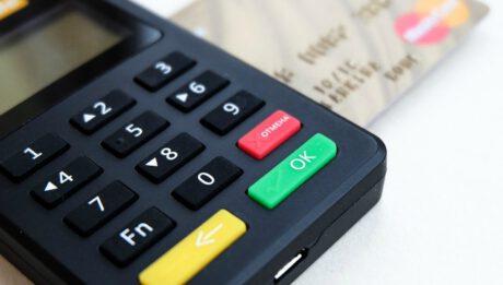 Jak kredyt odnawialny wpływa na zdolność kredytową?