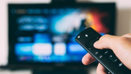 Filmy, seriale w internecie, gdzie oglądać, ile to kosztuje?