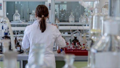 Ile kosztuje badanie na boreliozę? Koszty leczenia boreliozy