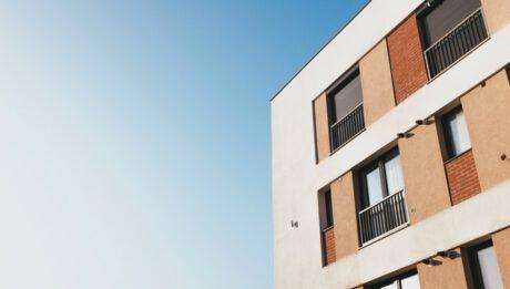 Ile kosztuje kredyt mieszkaniowy, czyli jakie opłaty przy kredycie mieszkaniowym?