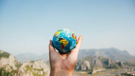 Jak wybrać najlepsze ubezpieczenie turystyczne?